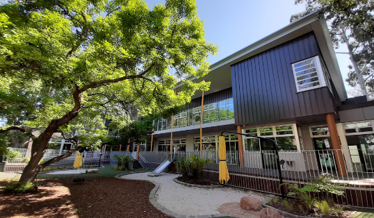Eco-friendly family and children's centre